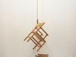 Philippe Ramette, Le suicide des objects (Sebevražda objektů), 2001, objekt, foto: Neue Galerie Graz