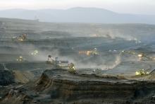 Ibra Ibrahimovic: Podvečerní snímek na Krušné hory a Hnědouhelný důl Bílina - září 2013